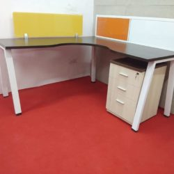 officemodularfurniture.com/product/omt-01-office-tables-in-delhi/